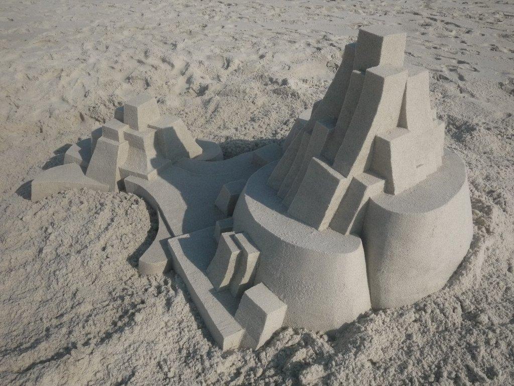 Belas formas de fazer esculturas na areia da p´raia sem ser castelinhos (7)