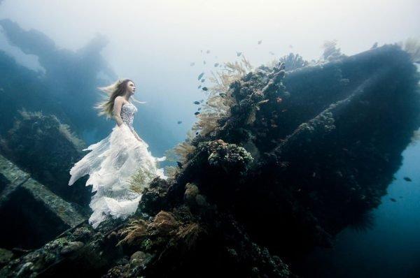 Lindas e incríveis fotografias criativas debaixo da água (9)
