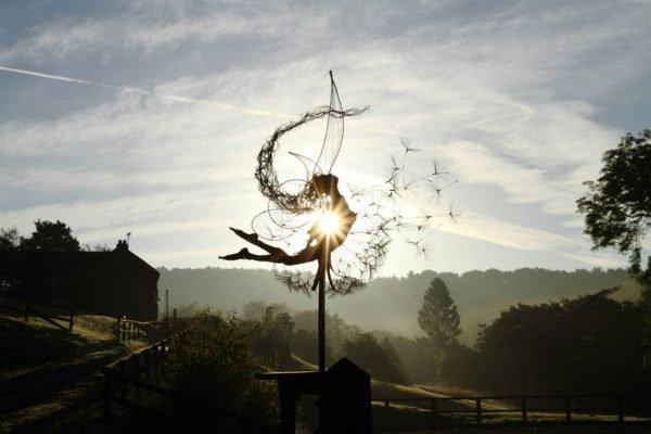 Esculturas feitas de aço por Robin Wight (12)